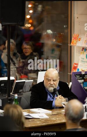 Causerie avec Serge Bouchard, anthropologue, autour de son livre 'L'œuvre du grand lièvre filou'. - Stock Photo