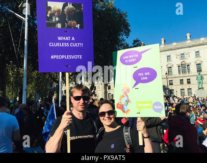 London, UK. 20th Oct, 2018. 20 October 2018, England, London: Jacki Hughes and her friend Anthony Brown from Lancaster in the northwest of England take part in the anti-Brexite demonstration. They think the planned EU withdrawal is totally crazy. The campaign 'People's Vote' called for a second referendum on the withdrawal from the EU. (to dpa 'Hundreds of thousands demonstrate in London for second Brexit referendum' of 20.10.2018) Credit: Silvia Kusidlo/dpa/Alamy Live News - Stock Photo