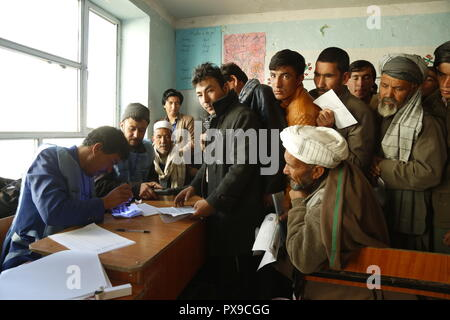 Bamyan, Afghanistan  20th Oct, 2018  Voters wait to cast