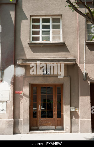 Wien, Gemeindebau des 'Roten Wien' - Vienna, Council Tenement Block, 'Red Vienna', Marktgasse 45, Ernst Brandl - Stock Photo