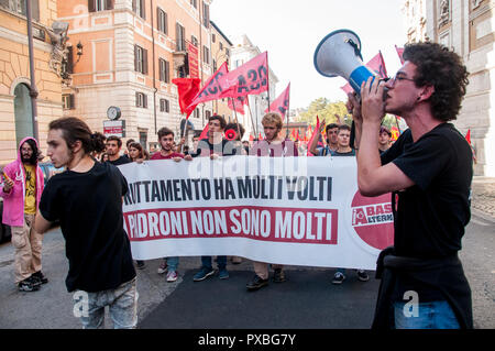 Rome, Italy. 20th Oct, 2018. Demonstration against privatization, for the nationalization of company services and strategic infrastructures in Italy Credit: Patrizia Cortellessa/Pacific Press/Alamy Live News - Stock Photo