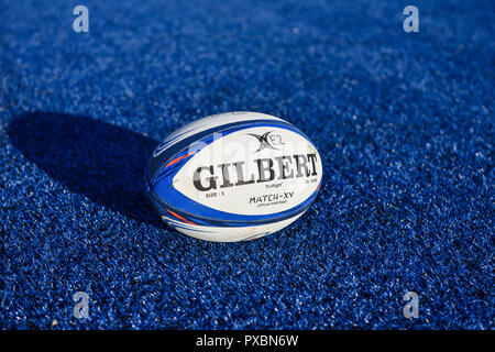 London, UK. 20th Oct, 2018. The match official ball during European Rugby Champions Cup, Round 2, Pool 3 match between Saracens and Lyon at Allianz Park on Saturday, 20 October 2018. LONDON ENGLAND. (Editorial use only, license required for commercial use. No use in betting, games or a single club/league/player publications.) Credit: Taka Wu/Alamy Live News - Stock Photo