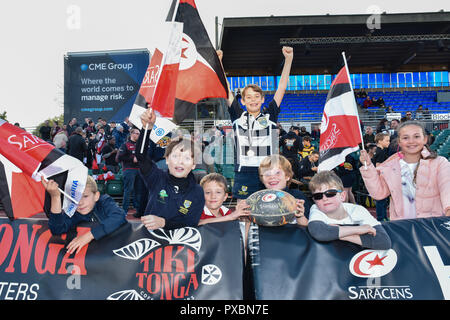 London, UK. 20th Oct, 2018. The children during European Rugby Champions Cup, Round 2, Pool 3 match between Saracens and Lyon at Allianz Park on Saturday, 20 October 2018. LONDON ENGLAND. (Editorial use only, license required for commercial use. No use in betting, games or a single club/league/player publications.) Credit: Taka Wu/Alamy Live News - Stock Photo
