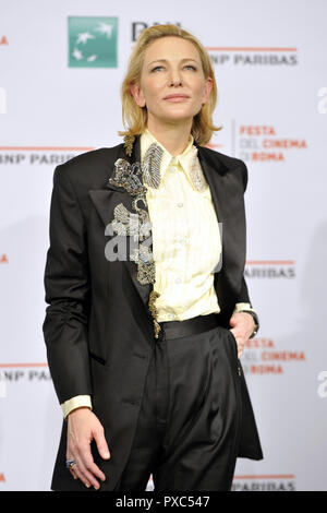 Rome, Italy. 19th Oct, 2018. Cate Blanchett attends the 'The House With A Clock In Its Walls' photocall during the 13th Rome Film Fest at Auditorium Parco Della Musica on October 19, 2018 in Rome, Italy. | usage worldwide Credit: dpa/Alamy Live News - Stock Photo
