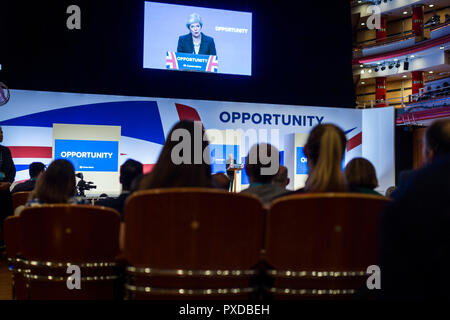© Chris Bull. 3/10/18  BIRMINGHAM    , UK.    Closing day of the Conservative Party conference at the The International Convention Centre in Birmingham , England, today (Wednesday 3rd October 2018).  Prime Minister Theresa May delivers her closing speech to the conference.    Photo credit: CHRIS BULL - Stock Photo