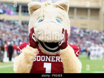 Waco, Texas, USA. 20th Oct, 2018. Oklahoma Sooners mascot during the 1st half of the NCAA Football game between the Oklahoma Sooners and the TCU Horned Frogs at Amon G. Carter in Waco, Texas. Matthew Lynch/CSM/Alamy Live News - Stock Photo