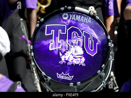 Waco, Texas, USA. 20th Oct, 2018. TCU Horned Frogs drum during the 2nd half of the NCAA Football game between the Oklahoma Sooners and the TCU Horned Frogs at Amon G. Carter in Waco, Texas. Matthew Lynch/CSM/Alamy Live News - Stock Photo