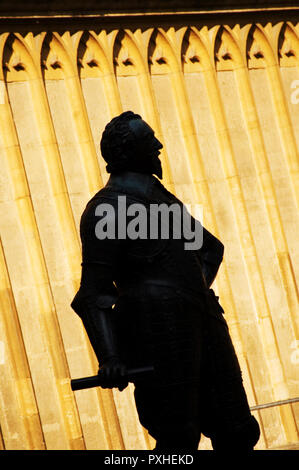 Statue at The Entrance to Bodleian Library Oxford - Stock Photo