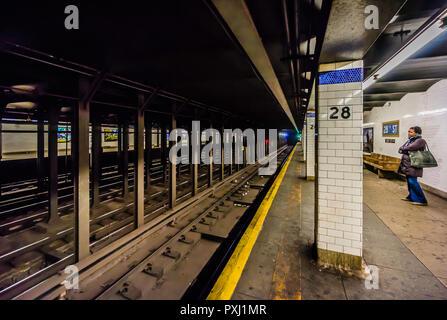 28th Street (BMT Broadway Line) Subway Station Manhattan _ New York, New York, USA - Stock Photo