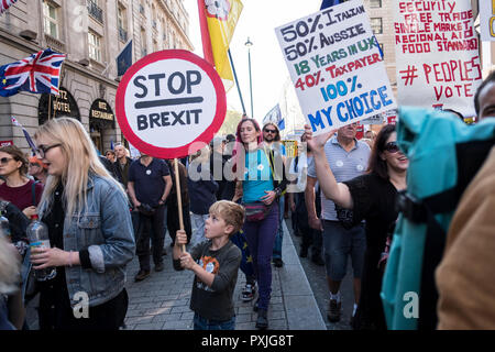 London, UK, 20thOctober 2018.  More than 500,000 people marched on Parliament to demand their democratic voice to be heard in a landmark demonstration billed as the most important protest of a generation. As the date of the UK's Brexit from the European Union, the protesters gathered in their tens of thousands to make political leaders take notice and to give the British public a vote on the final Brexit deal. (photo by Mike Abrahams/Alamy Live News - Stock Photo