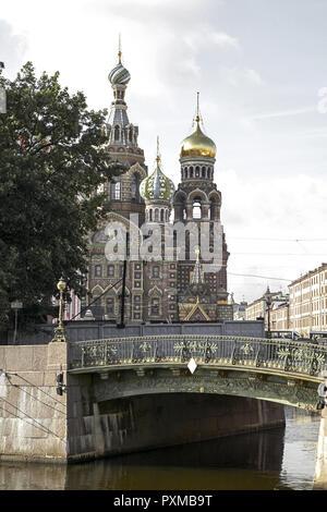 Russland St. Petersburg Blutskirche Erloeserkirche Auferstehungskirche Bauwerk Erbaut 1883, 1907 Auf Dem Blut Gebaeude Kirche Pracht Sankt Peterburg S - Stock Photo