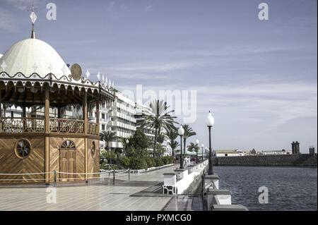Arrecife Stadt Stadtansicht Promenade Lanzarote Canary Islands Spain Spanien Canarias Ferien Freizeit Insel Kanarische Inseln Lanzarote Reisen Sommer  - Stock Photo