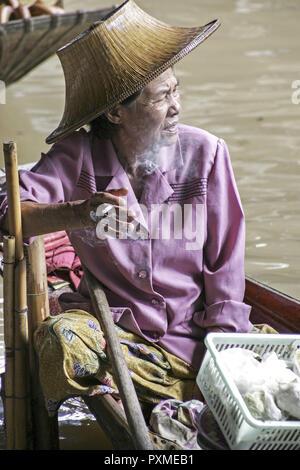 Thailand, Siam, Bangkok, Damnoen Saduak, Floating Market, Schwimmender Markt, aussen, Markt, Fluss, Boote, Verkauf, verkaufen, Tradition, Haendler, Re - Stock Photo