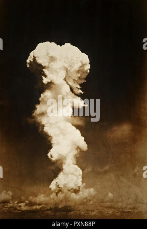 Atomic bomb testing in the Pacific - Stock Photo