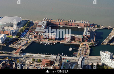 aerial view of the Royal Albert Dock & Salthouse Dock, Liverpool waterfront - Stock Photo