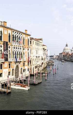 Palazzo Cavalli Franchetti am Canale Grande in Venedig, Italien - Stock Photo