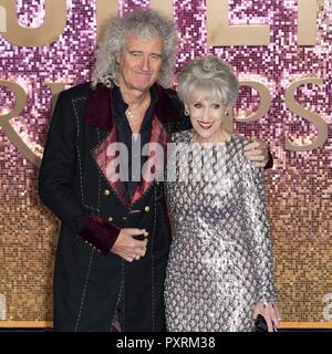 Brian May and Anita Dobson attend BOHEMIAN RHAPSODY - World Premiere. London, UK. 23/10/2018 | usage worldwide - Stock Photo