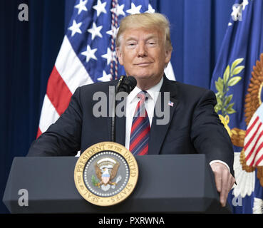 October 23, 2018 - Washington, District of Columbia, U.S. - United States President DONALD  TRUMP delivers remarks at the White House State Leadership Day Conference for Alaska, California, and Hawaii. (Credit Image: © Ron Sachs/CNP via ZUMA Wire) - Stock Photo
