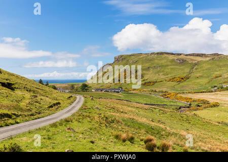 UK, Scotland, Inner Hebrides, Isle of Skye, road to Talisker Bay