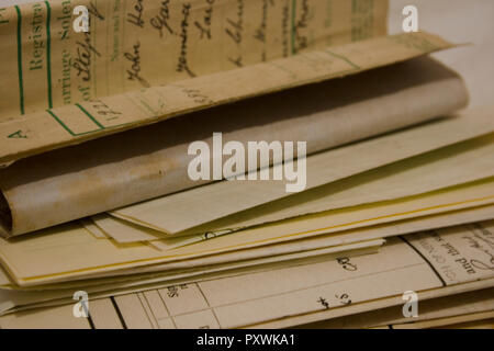 25/10/2018 A collection of old vintage family photographs and documents - Stock Photo