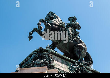 Price Eugene of Savoy (1663-1736) on his war stallion at Heldeplatz, Hofburg comissioned by Kaiser Frantz Joseph and finished 1865. - Stock Photo