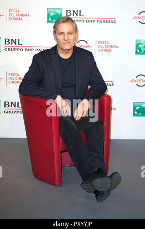 Rome, Italy. 24th Oct, 2018. Viggo Mortensen attends the 'Green Book' photocall during the 13th Rome Film Festival at Auditorium Parco Della Musica on October 24, 2018 in Rome, Italy. | usage worldwide Credit: dpa/Alamy Live News - Stock Photo