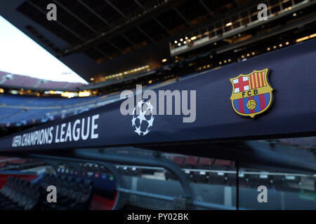 Barcelona, Spain. 24th Oct, 2018. BARCELONA, SPAIN, OCTOBER 24, 2018 - The FC Barcelona logo is seen prior to the UEFA Champions League, Group B football match between FC Barcelona and FC Internazionale on October 24, 2018 at Camp Nou stadium in Barcelona, Spain Credit: Manuel Blondeau/ZUMA Wire/Alamy Live News - Stock Photo