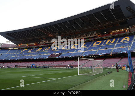 Barcelona, Spain. 24th Oct, 2018. BARCELONA, SPAIN, OCTOBER 24, 2018 - General view of the Camp Nou stadium prior to the UEFA Champions League, Group B football match between FC Barcelona and FC Internazionale on October 24, 2018 at Camp Nou stadium in Barcelona, Spain Credit: Manuel Blondeau/ZUMA Wire/Alamy Live News - Stock Photo