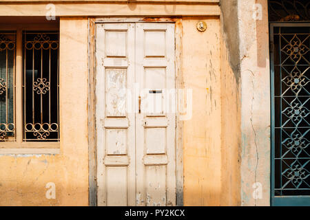 Old house exterior in Madurai, India - Stock Photo