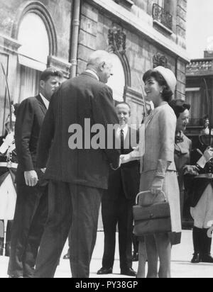 john fitzgerald kennedy, charles de gaulle, jacqueline lee bouvier - Stock Photo