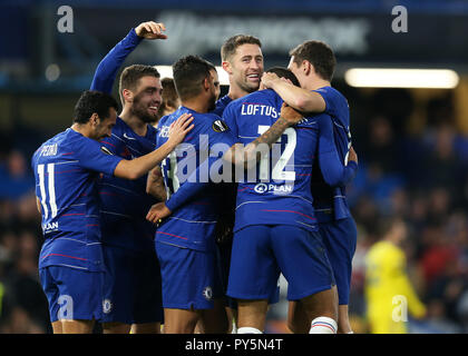 Stamford Bridge, London, UK. 25th Oct, 2018. UEFA Europa League football, Chelsea versus FC Bate Borisov; Ruben Loftus-Cheek of Chelsea celebrates with his players after scoring his sides 3rd goal and his hat trick in the 51st minute to make it 3-0 Credit: Action Plus Sports/Alamy Live News - Stock Photo