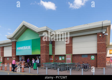 Warrington branch of Homebase is now being used as a Clearance Outlet - Stock Photo