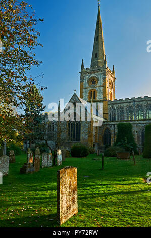 Holy Trinity church, burial place of William Shakespeare, in Stratford upon Avon, Warwickshire. - Stock Photo