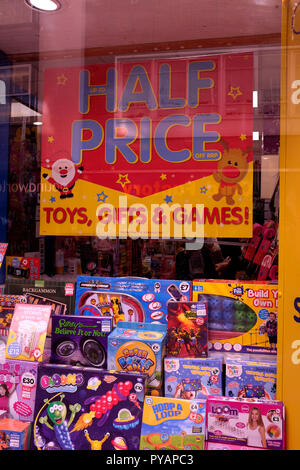 the works discount retailer shop in canterbury east kent uk oct 2018 - Stock Photo