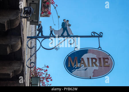 Hotel de Ville,City Hall,Mairie,Town Hall,signs,sign,in,town,square,bastide,marriage,wedding,venue,Mirepoix,Arriege,South,of,France,French,Europe, - Stock Photo