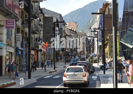 Andorra La Vella, Andorra. 18th Sep, 2018. Andorra la Vella, capital of the Andorra, located in the Pyrenees, main shopping street Av. Meritxell, recorded on 18.09.2018 | usage worldwide Credit: dpa/Alamy Live News - Stock Photo