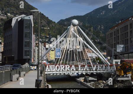 Andorra La Vella, Andorra. 18th Sep, 2018. Andorra la Vella, capital of the Andorra in the Pyrenees - modern bridge over the river Riu Valira, added on 18.09.2018 | usage worldwide Credit: dpa/Alamy Live News - Stock Photo