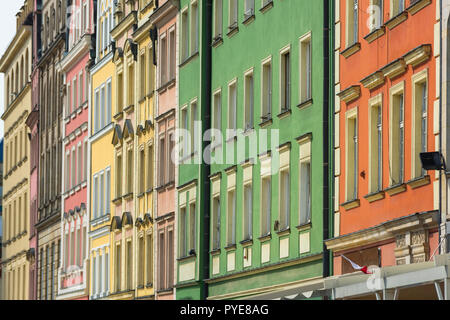 Wroclaw architecture, view of colorful buildings lining the north side of the Old Town Square (Rynek) in Wroclaw, Poland. - Stock Photo