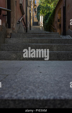 Kamienne Schodki (stone steps) street in the old town of Warsaw, Poland 2018. - Stock Photo