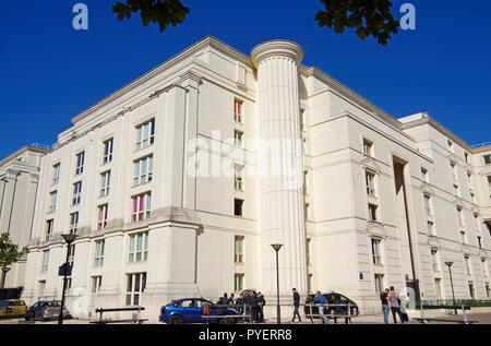 Les Echelles du Baroque, a large Paris local authority apartment complex, in post-modern style with massive neo-baroque and classical features, - Stock Photo