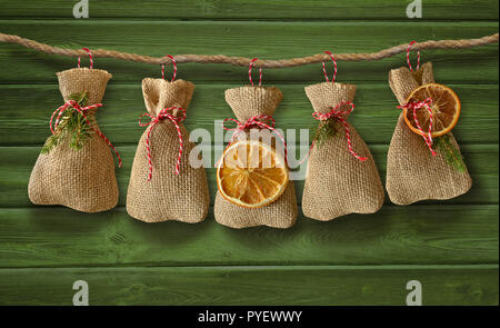 christmas card christmas greetings advent jute bag - Stock Photo