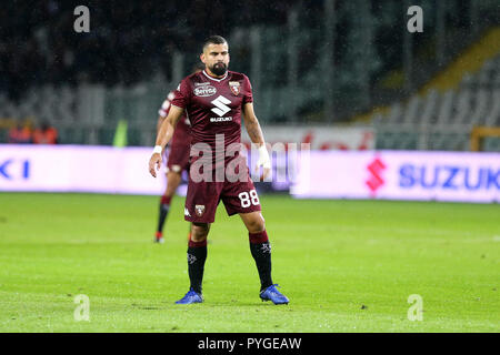 Torino, Italy. 27th October, 2018.  Tomas Rincon  of Torino FC in action   during the Serie A football match between Torino Fc and Acf Fiorentina. Credit: Marco Canoniero/Alamy Live News - Stock Photo