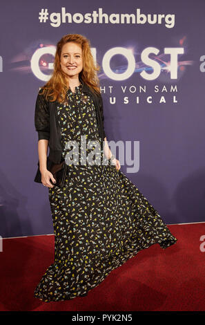 Hamburg, Germany. 28th Oct, 2018. Wanda Perdelwitz, actress, arriving to the Hamburg premiere of the musical 'Ghost'. The musical will be on at the Operettenhaus until the end of February. Credit: Georg Wendt/dpa/Alamy Live News - Stock Photo