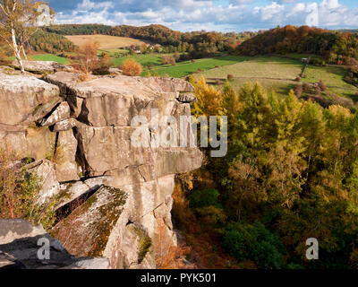 Winster, Peak District National Park, UK. 28th Oct, 2018. Weather UK: rock climber enjoying the sunny October weather at Cratcliffe Tor near Elton, Winster, Peak District National Park Credit: Doug Blane/Alamy Live News - Stock Photo