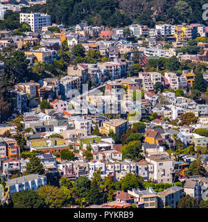 Some crowded houses in San Francisco California - Stock Photo