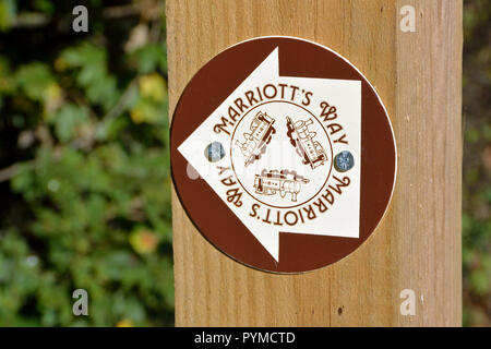 Waymark on the Marriott's Way long-distance footpath / cycleway between Hellesdon and Drayton, Norfolk, UK - Stock Photo