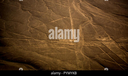 Blick von oben auf die Nazca Linien in Peru, Nazca, Südamerika - Stock Photo