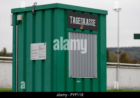 Roedinghausen, Germany. 29th Oct, 2018. A closed box office in front of the Haecker Wiehenstadion. SV Roedinghausen faces off against FC Bayern Munich in the 2nd round of the soccer DFB Cup. The game takes place in Osnabrueck. SV Roedinghausen is currently playing in the football regional league West. The home stadium is in the East Westphalian district of Herford in North Rhine-Westphalia. Credit: Friso Gentsch/dpa/Alamy Live News - Stock Photo