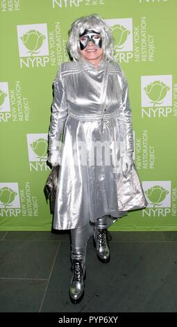 New York, NY, USA. 29th Oct, 2018. Debbie Harry at arrivals for New York Restoration Project 22nd Annual Hulaween Event, The Cathedral of St. John the Divine, New York, NY October 29, 2018. Credit: RCF/Everett Collection/Alamy Live News - Stock Photo