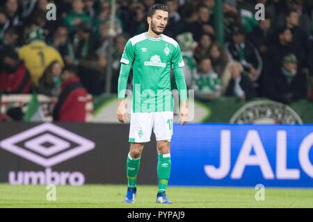 Bremen, Deutschland. 28th Oct, 2018. Nuri SAHIN (HB) is disappointed, disappointed, disappointed, disappointed, sad, frustrated, frustrated, late-rate, full figure, Soccer 1. Bundesliga, 9. matchday, Werder Bremen (HB) - Bayer 04 Leverkusen (LEV) 2: 6, on 28.10.2018 in Bremen/Germany. ¬ | usage worldwide Credit: dpa/Alamy Live News - Stock Photo